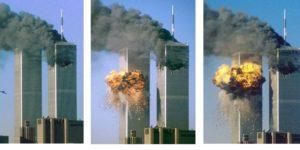 La sequenza dei due attacchi terroristici, provocato da due aerei di linea dirottati dai kamikaze contro le Torri Gemelle, l'11 settembre 2001,al World Trade Center di New York. ARCHIVIO ANSA